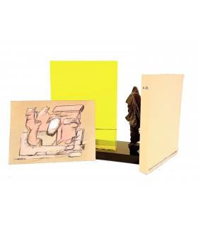 FARDOULIS-LAGRANGE. G. B. ou un ami présomptueux. Etui en plexiglas transparent jaune fluorescent, avec une sculpture.